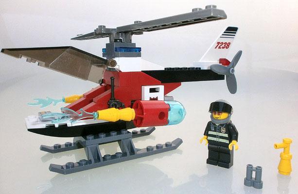 Lego City 7238 Feuerwehrhubschrauber Seitenansicht