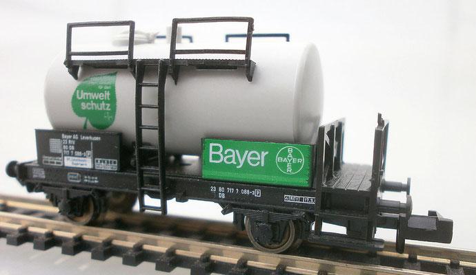 Fleischmann 8409 N Kesselwagen Bayer Seite