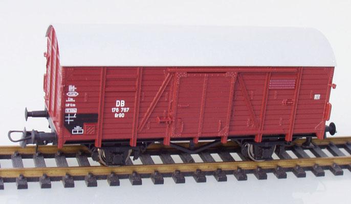 Roco 176 767 H0 gedeckter Güterwagen braun