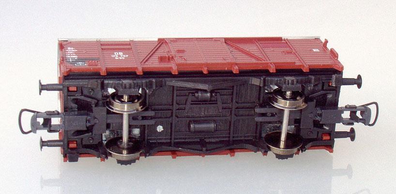 Roco 176 767 H0 gedeckter Güterwagen unten