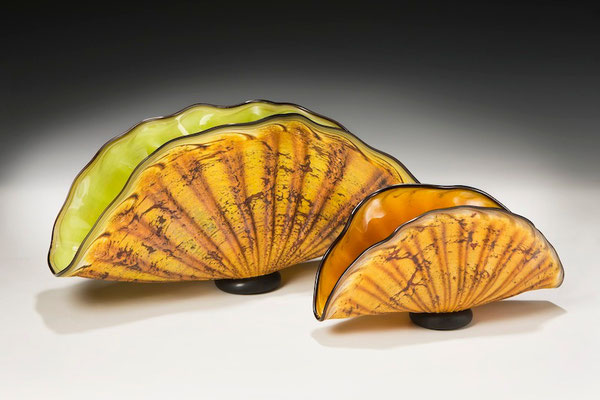 Large Shell with Lime Interior Small Shell with Topaz Interior