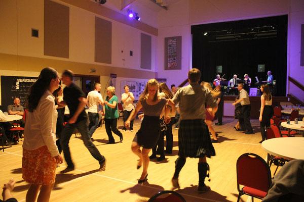 ceilidh dancing dancing dancing