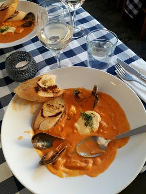 Dinner both safran fish soup
