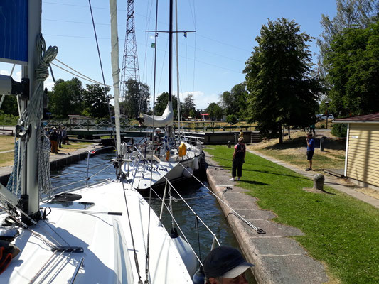 Wilma ahead of us in the lock