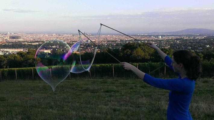 Bild: mentalLOVE Riesenseifenblasen