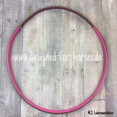 Lederhalsring rund genäht, dezent gepolstert und mit Rindnappaleder in pink unterlegt