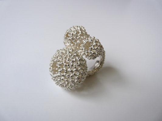 "Ring ""H drei"", Silber"