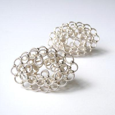 Ohrstecker oval, vier Schichten, Silber