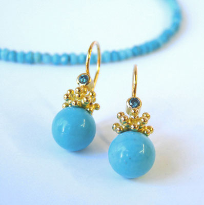 Ohrhänger 2K Gold 750, Türkiskugeln, blaue Brillanten