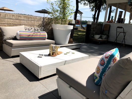 lounge terras ruby surf en lounge