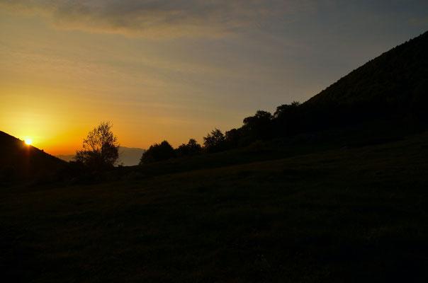 Lever du jour dans le Parc National de Galicica