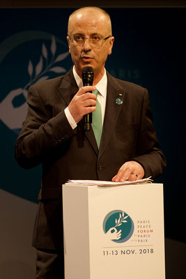 Rami Hamdallah, Premier ministre de Palestine Modifier  1Quentin Lambert