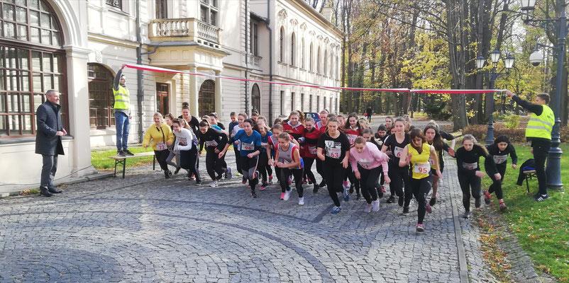 Bieg 100 km na 100 lat odzyskania przez Polskę niepodległości.