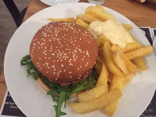 Bester Burger - Erfahrungsbericht bei Hey Walter Restaurant