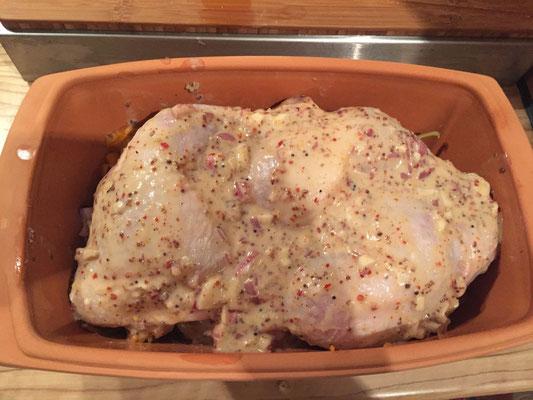 24 Stunden mariniertes Haehnchen mit Gemuese im Roemertopf