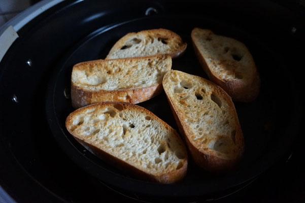 Rezept Vorspeise  Bruschetta Bruschette a la Jamie Oliver mit Aubergine