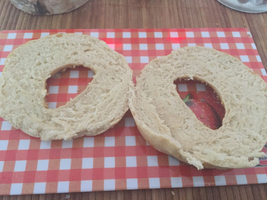 Rezept selbstgemachte Vollkorn Mehl Bagels