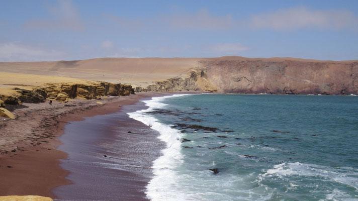 Playa Roja, Paracas NP