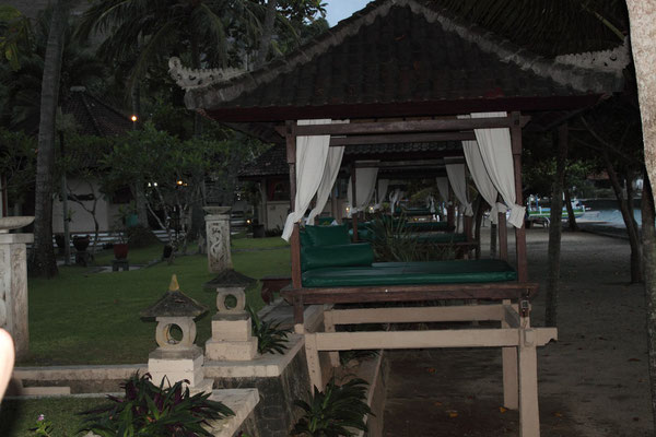 beach huts, puri bagus candidasa