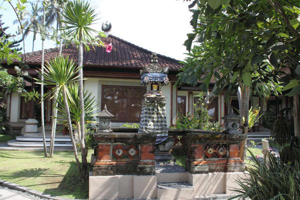 puri bagus hotel garden