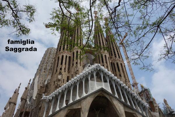 Famiglia Saggrada - Gaudi, Barcelona