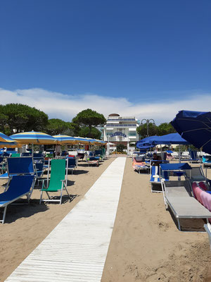 Beach at Park Hotel Ermitage Jesolo
