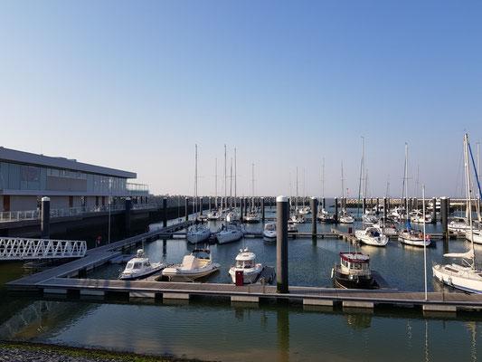 yacht harbour cadzand bad