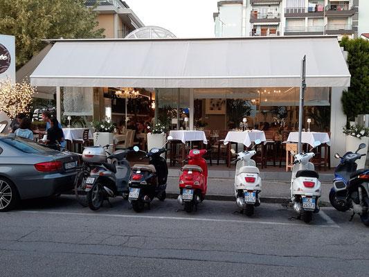 Vespas - Bella Italia