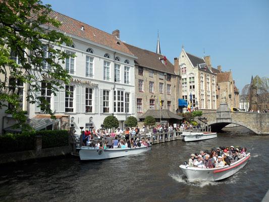 Boat Tour Brugge Belgium