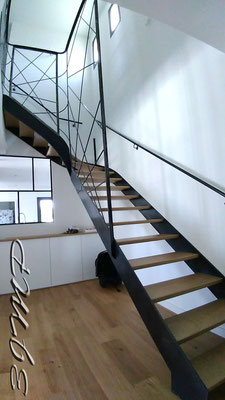 Escalier acier bois 1/4 haut