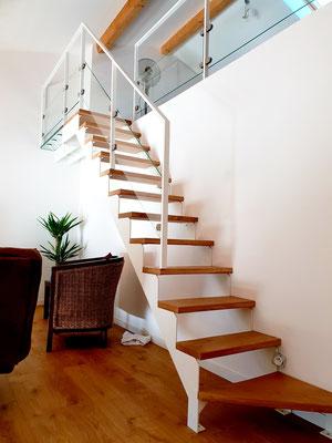 Escalier acier bois verre