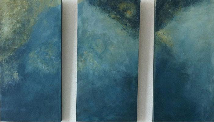 Triptichon mit Wolken   ...   Acryl auf Leinwand   ...   3 x 30 x 60 cm