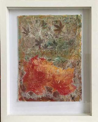 Herbstlaub im Rahmen   ...   Collage auf Seide   ...   44 x 55 cm