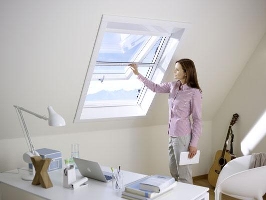 Montageservice RIVALETTO aus Hungen - Wir haben auch den passenden Insektenschutz für Ihre Dachfenster