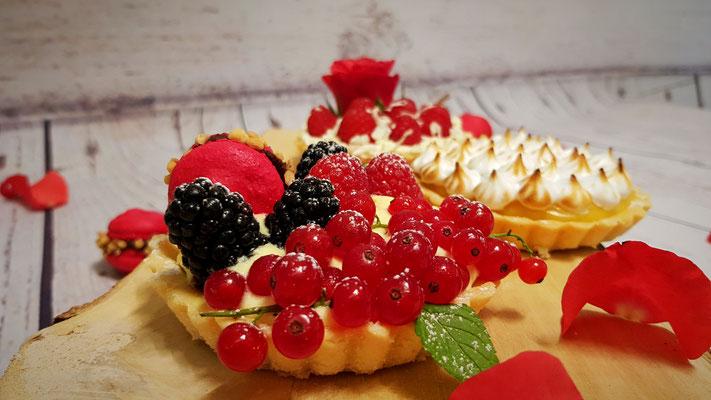 Tartelettes mit Crème pâtissière & frischen Früchten