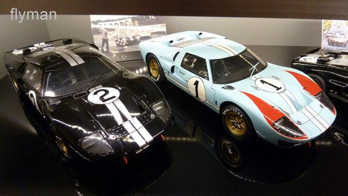 2 x GT40 - 2 x Exoto 1:10