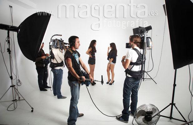 Fotógrafo profesional books amigos mallorca, estudio fotográfico alquiler mallorca, rent photo studio mallorca,