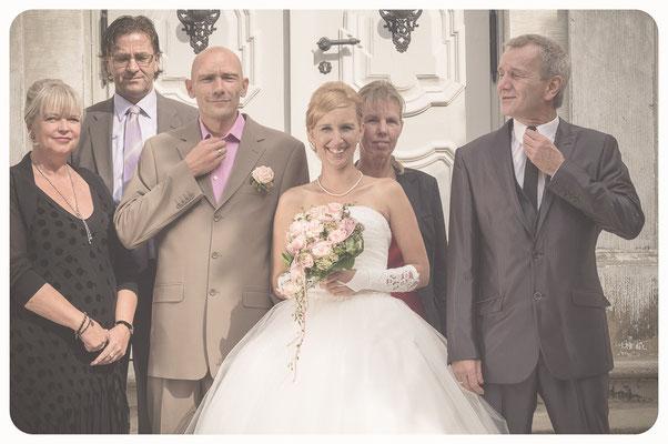 Hochzeitsbilder, Hochzeitsgesellschaft, Fotoshooting Hochzeit, Hochzeitsportrait, Hochzeitsreportage, Hochzeitsfotograf Braunschweig