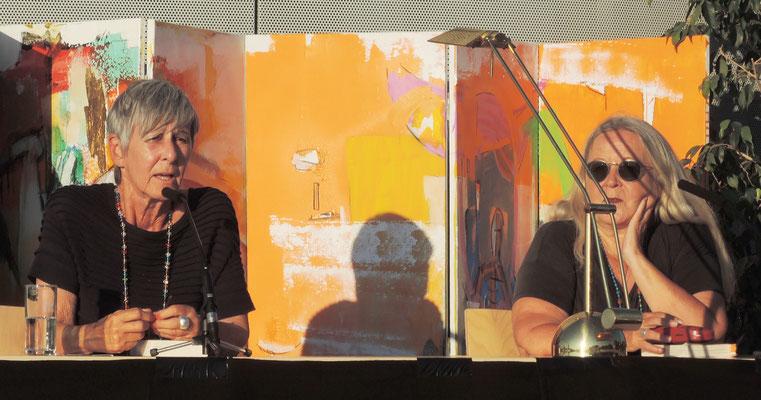 Doris Gercke und Edith Kneifl - Lenzing 2016 - Am Dach des Kulturzentrums
