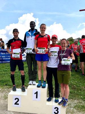 Siegerehrung/Gesamtwertung. Gesamtsieger Isaac Kosgei, der schon mit Andreas Vojta 2014 in Iten (KEN) trainiert hatte und jetzt in Österreich lebt