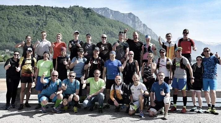 Die Teilnehmer beim Dynamit-Schuhtest in Gmunden, bevor es auf den Grünberg ging. Foto: zVg