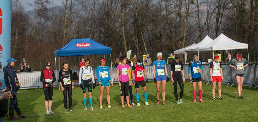 Das Starfeld im Eliterennen der Damen war klein, aber fein