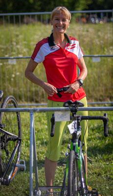 Manuela beim Bike-Check In