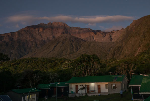 Mt. Meru bei Sonnenaufgang