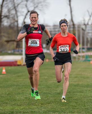 knapper Zieleinlauf, wo Tanja den Sprint um Rang 4 um Brustbreite gegen Elisabeth für sich entscheiden konnte