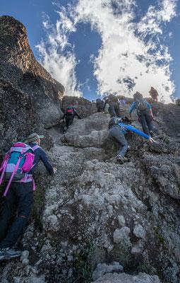 in der Baranco-Wall. zwar keine technischen Schwierigkeiten, aber über 4000m bleibt halt leicht die Luft weg