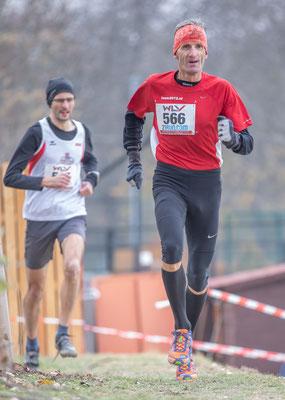 unser 6-facher Berglaufweltmeister und Olympiateilnehmer (Marathon) Helmut Schmuck