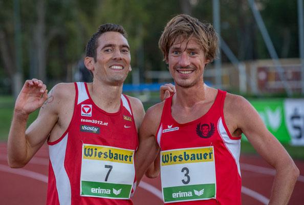 Andreas Vojta und der schwitzende Kollege Martin Mistelbauer im Ziel