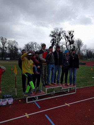 Mannschaftswertung Männer Langstrecke (Clemens Winter war als Stellvertreter von Michael Reithmayr am Podest...)