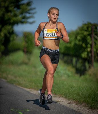 U 18 Siegerin Maya Florentina Walcher (18:32)